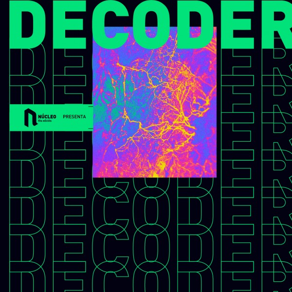 DECODER - DESFILE COLECTIVO TRANSMEDIA